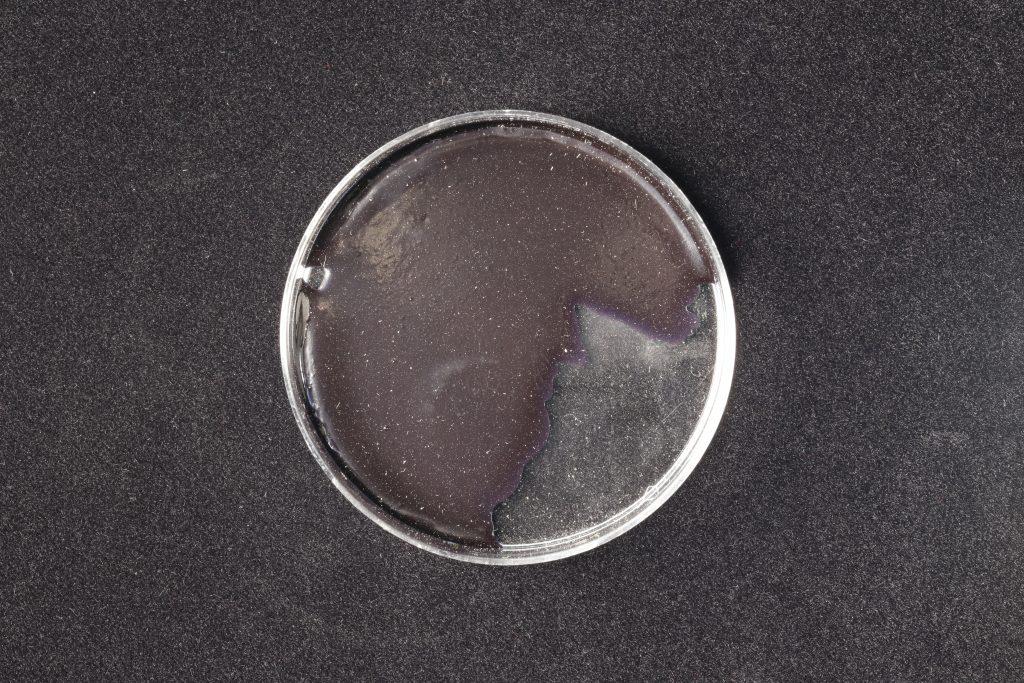 pojidlo: Primal AC35 (Kremer), pigment: Synth. Indigo (Kremer)
