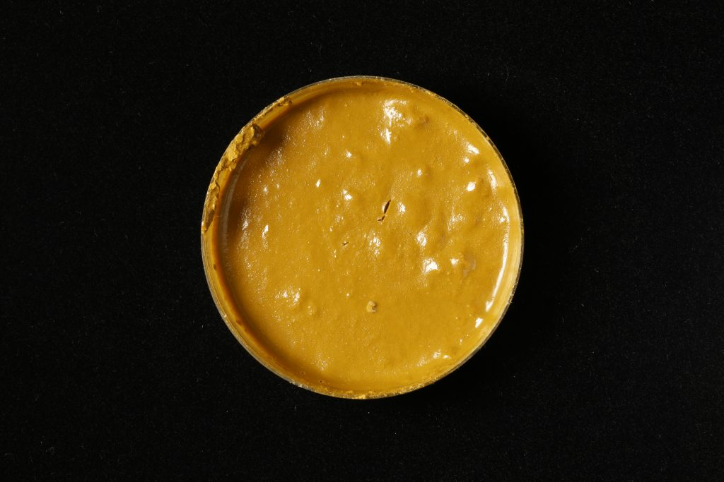 pojidlo: Primal AC35 (Kremer), pigment: Gelb marocan ochre (Kremer)
